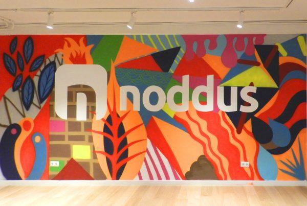 Graffiti de NODDUS en su oficina
